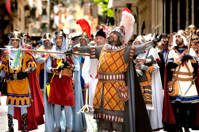 Day of the Glòria in Alcoy
