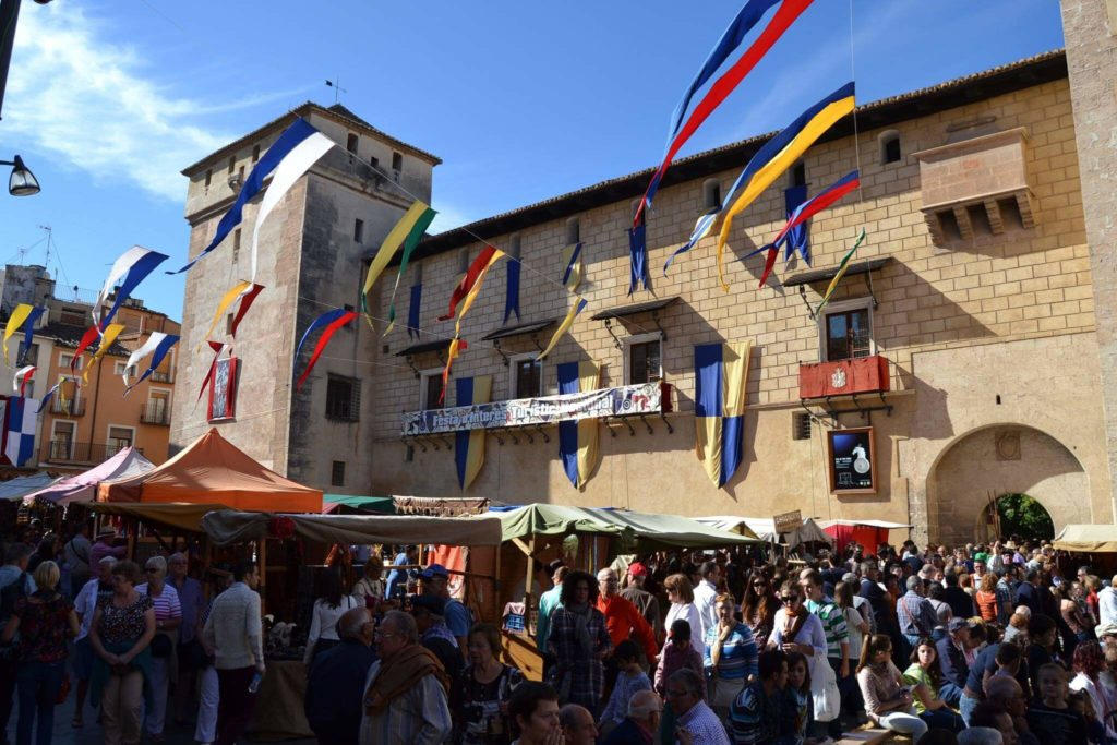'All Saints Fair' in Cocentaina: tradition, crafts and gastronomy in the Costa Blanca Interior