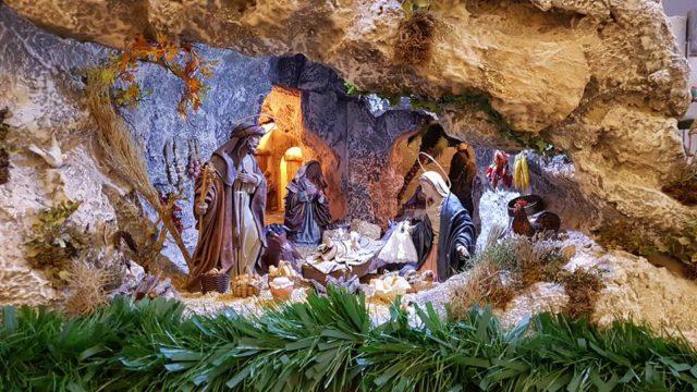 Tradición de montar el belén de Navidad en comarcas de Alcoy y Ontinyent