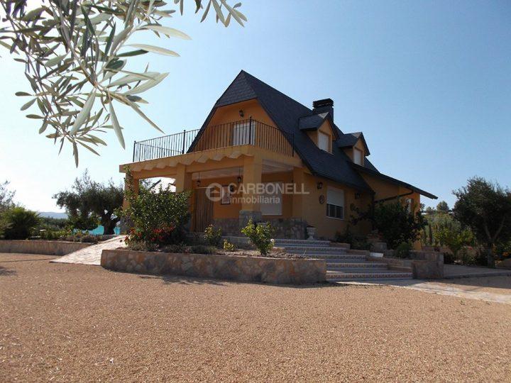 Chalet a la venta en Agullent Inmobiliaria Carbonell