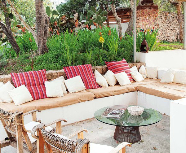 Claves para arreglar y decorar el jard n de tu chalet en for Decoracion exterior jardin contemporaneo