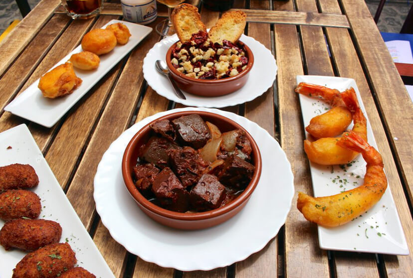 Selection of tapas of the inland regions